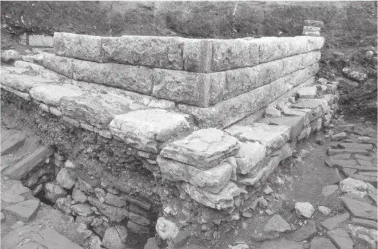 Ruins of the so-called Palace Complex of Illyrian Monarch in Rhizon. Author: J. Recław.